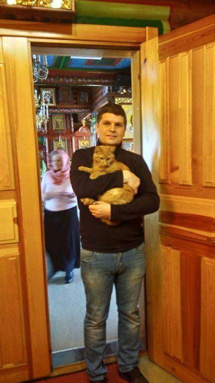 Кот послушник Гарфилд-min.jpg